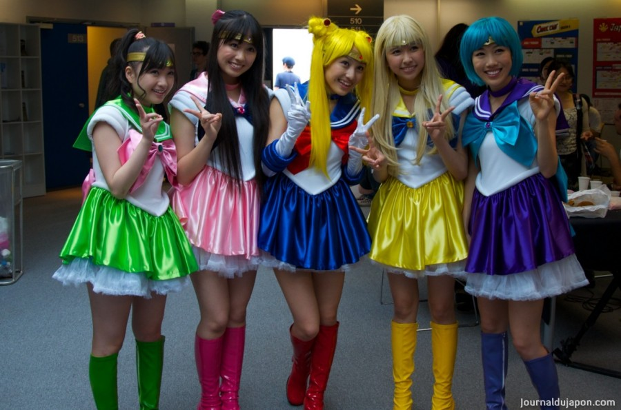 16 momoiro_clover_z_dressed_as_sailor_soldiers