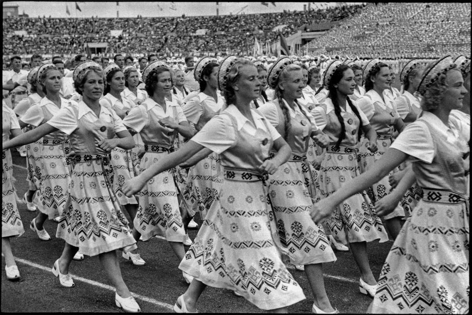 1954 Москва День спорта на стадионе Динамо. Украинская делегация