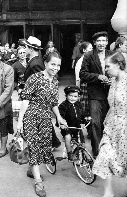 1954 Москва, ГУМ, Первый велосипед