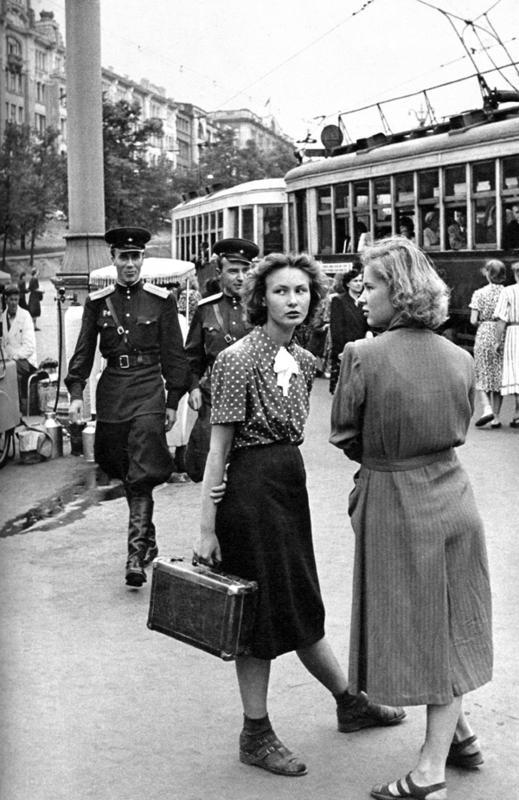 1954 Москва, Уличная сценка