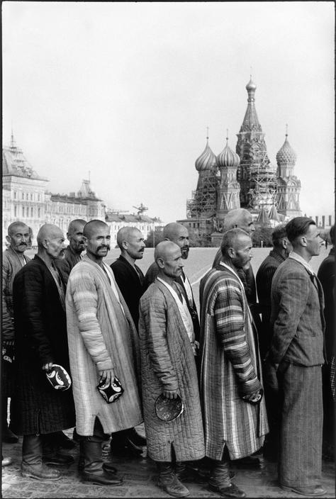1954 Очередь в Мавзолей Ленина2