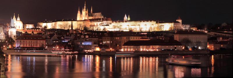 Прага ночью -