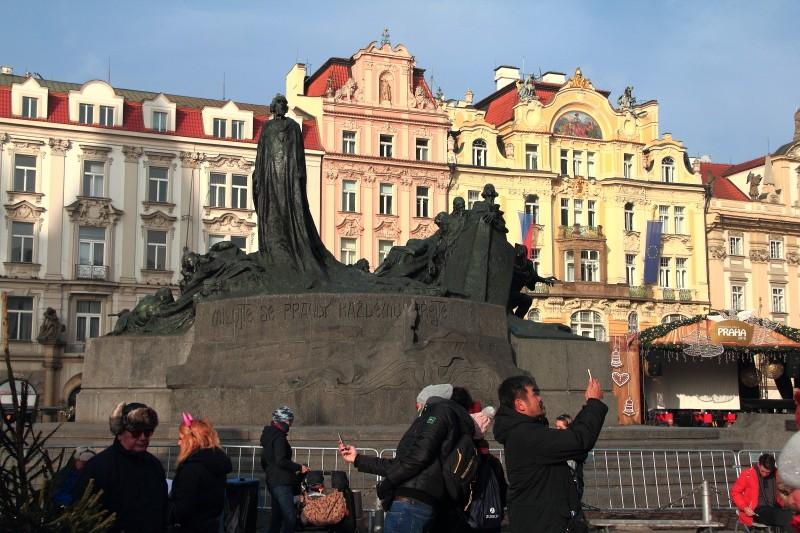 15 DPP_154 Памятник Яну Гусу