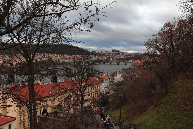 21 DPP_129 Вид на Прагу