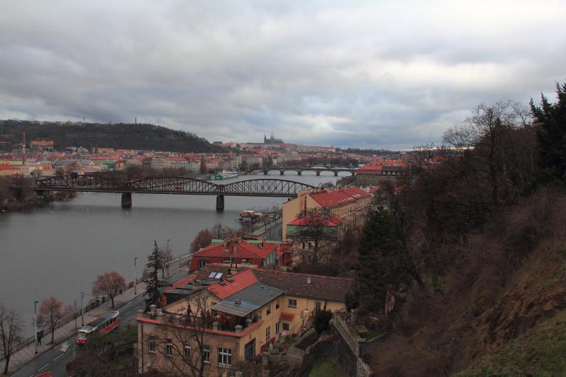 23 DPP_131 Вид на Прагу