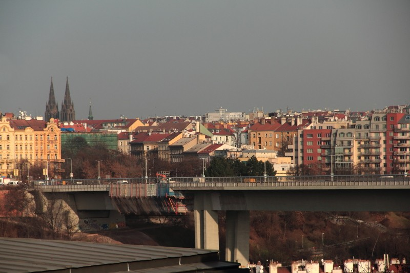 24 DPP_136 Вид на Прагу