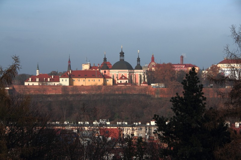 26 DPP_140 Вид на Прагу