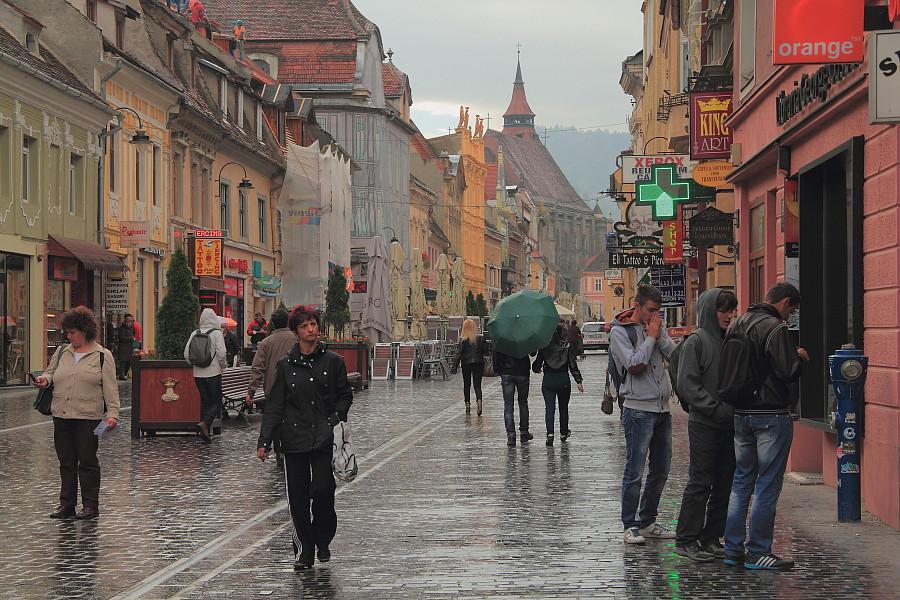 19 «Пешеходная улица Republicii в Брашове»