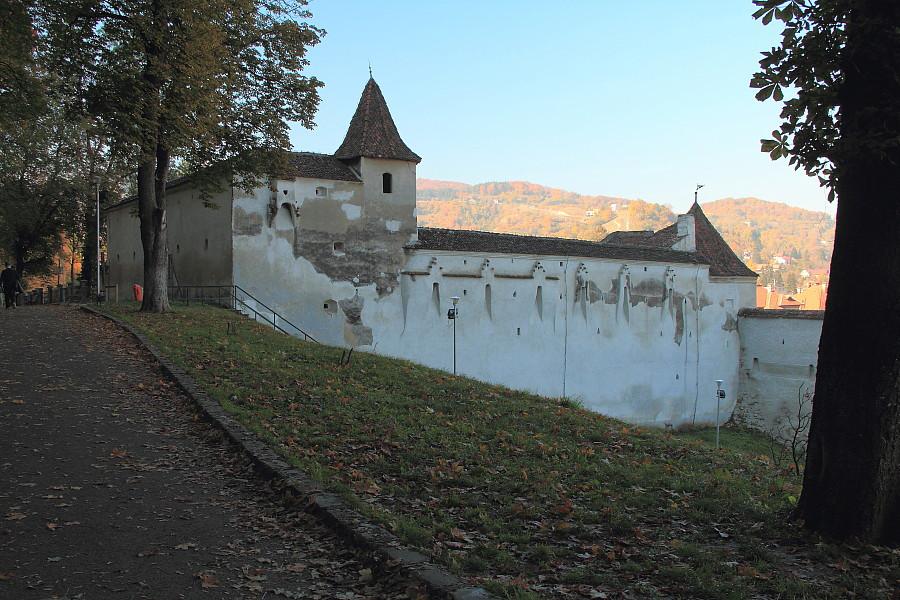 4 старые стены