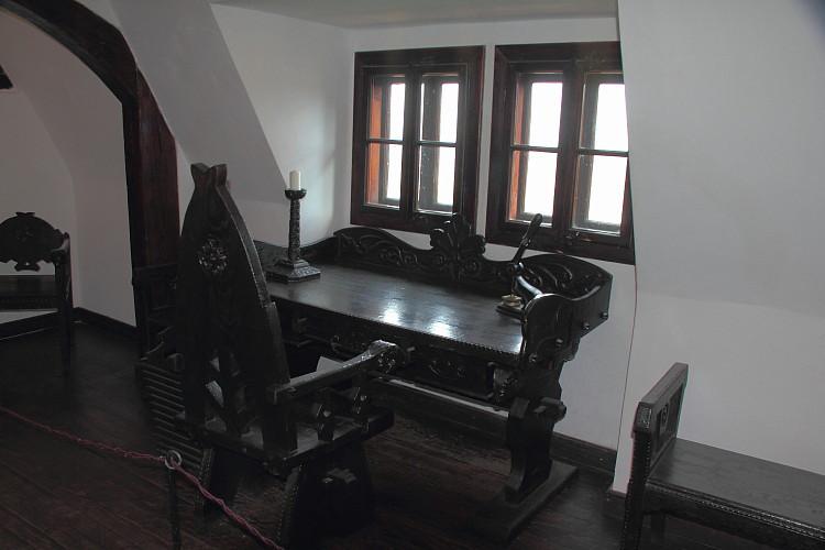 15 Кабинет графа Дракулы
