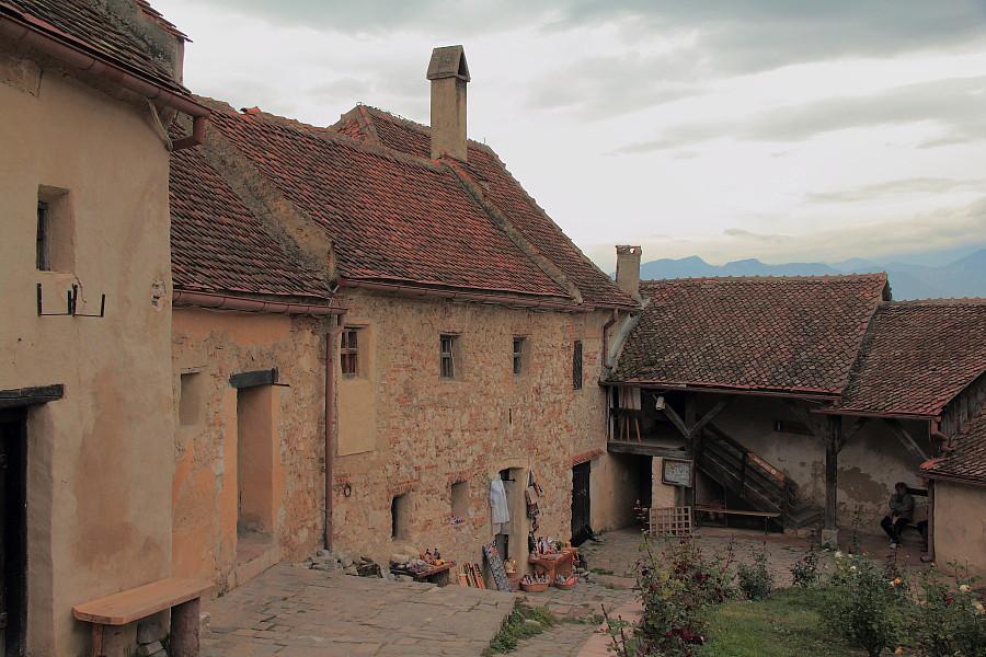 24 Старинные дома в крепости