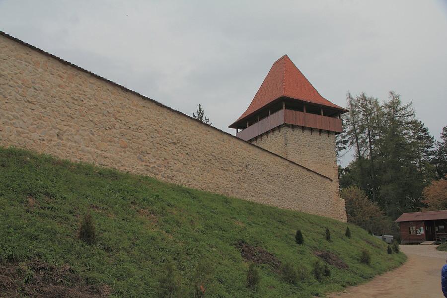 4 Одна из смотровх башен крепости.
