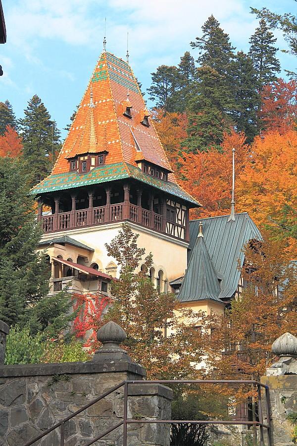 30 замок Пелишор построен  в 1899—1903 годах. DPP_96821090