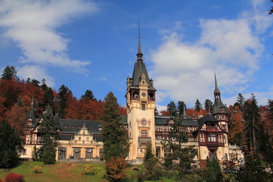 0   1117 mn  Красивейший замок мира - замок Пелеш.