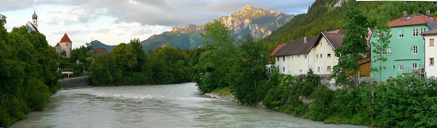 39  Река Лех. Вид на Альпы.