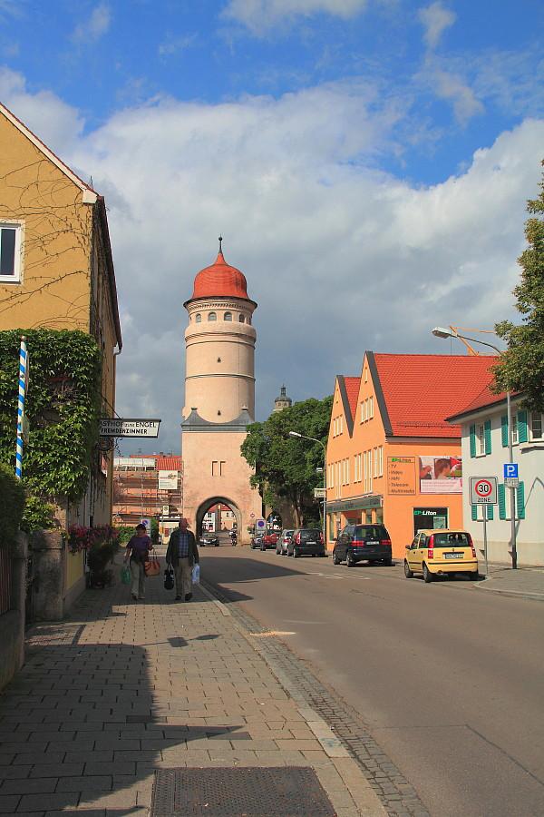 2 Ворота в город