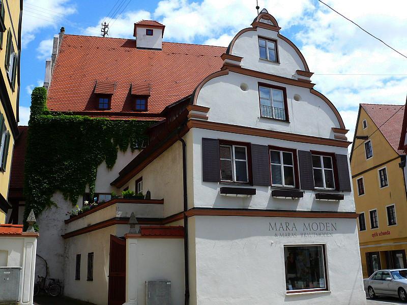 20 Стариный дом