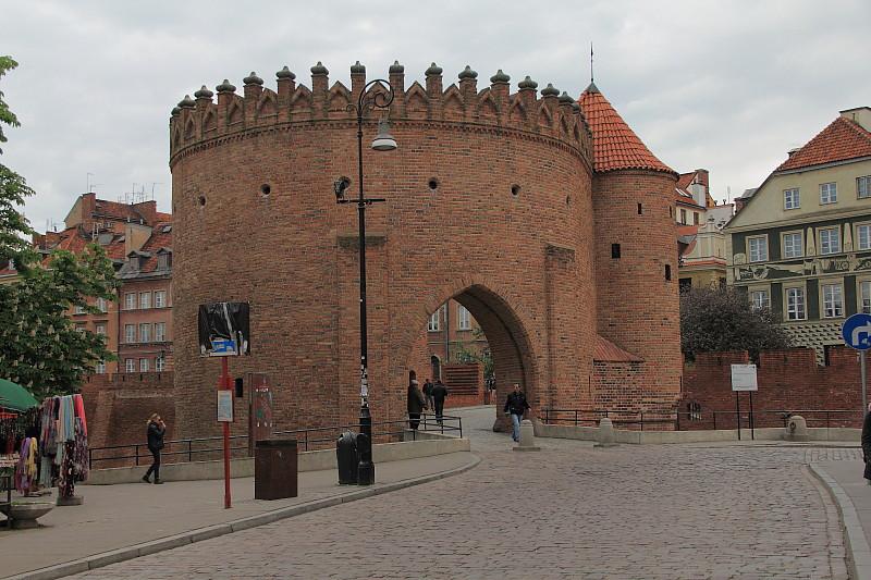 5 DPP_968219 Крепостные ворота