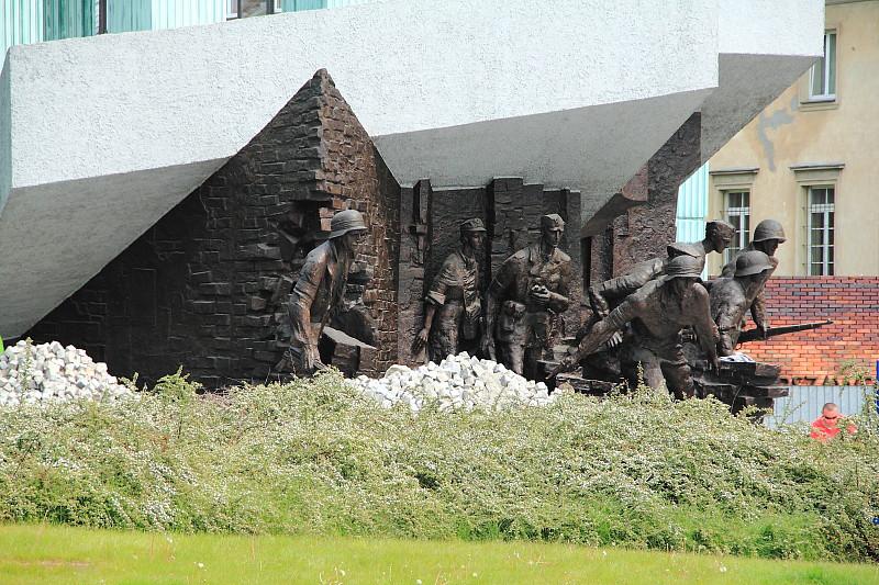 55 DPP_9682135 Памятник Варшавскому восстанию (Pomnik Powstania Warszawskiego)
