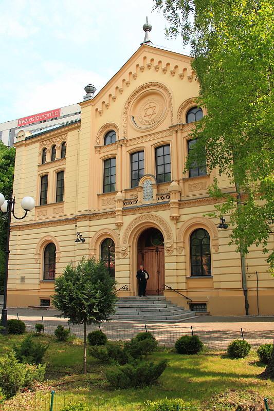 2 DPP_9682117 Синагога Ножиков (Synagoga Nożyków)