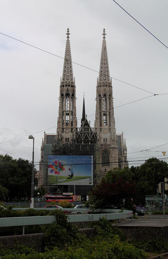 12 Вотивная церковь