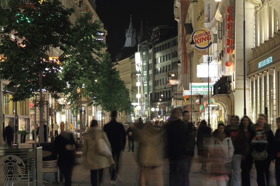 10 IMG_8770mm Ночью на Кернтнерштрассе