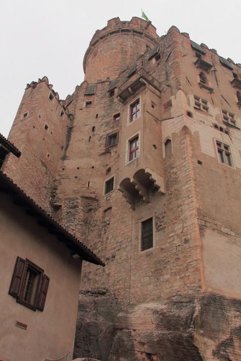 DPP_017 Старая часть замка