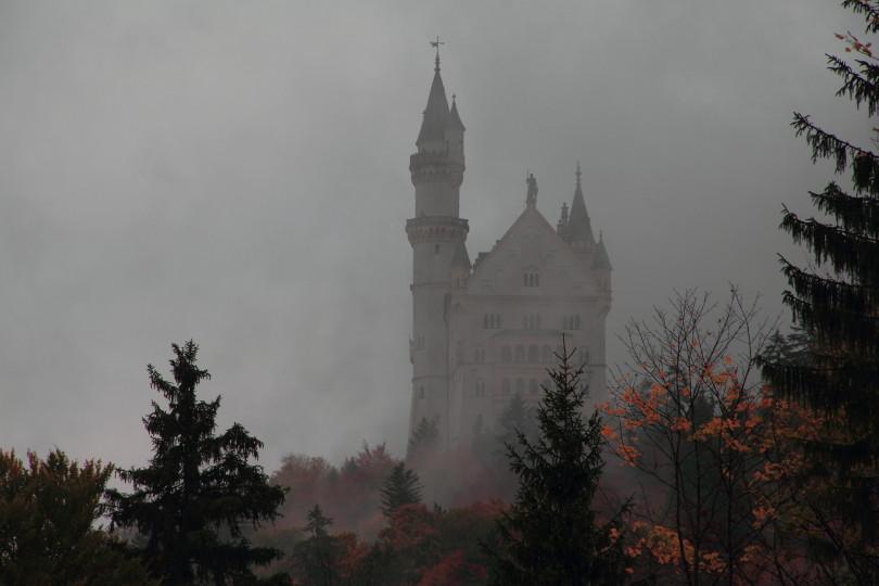 DPP_034 замок Нойшванштайн в тумане