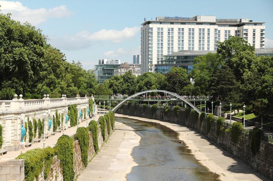 28 IMG_9221mm Река Вена в городском парке