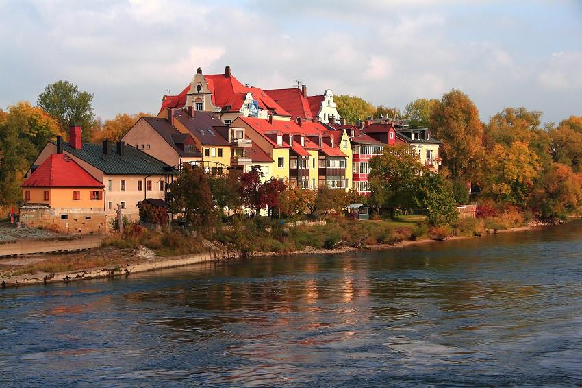 IMG_8129m Верды (Wöhrd — высокий берег) — острова справа и слева от Каменного моста