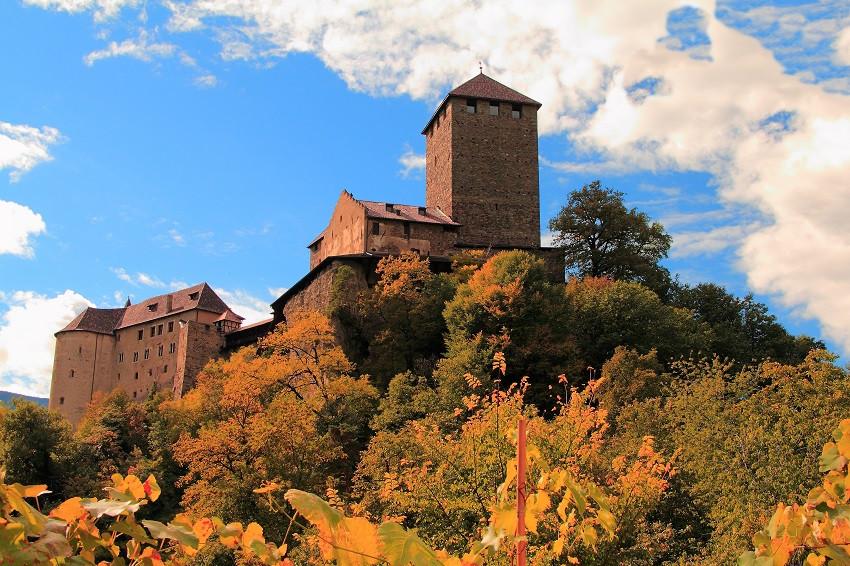 27 Замок Тироль здесь жили герцоги Тирольские  IMG_6881m
