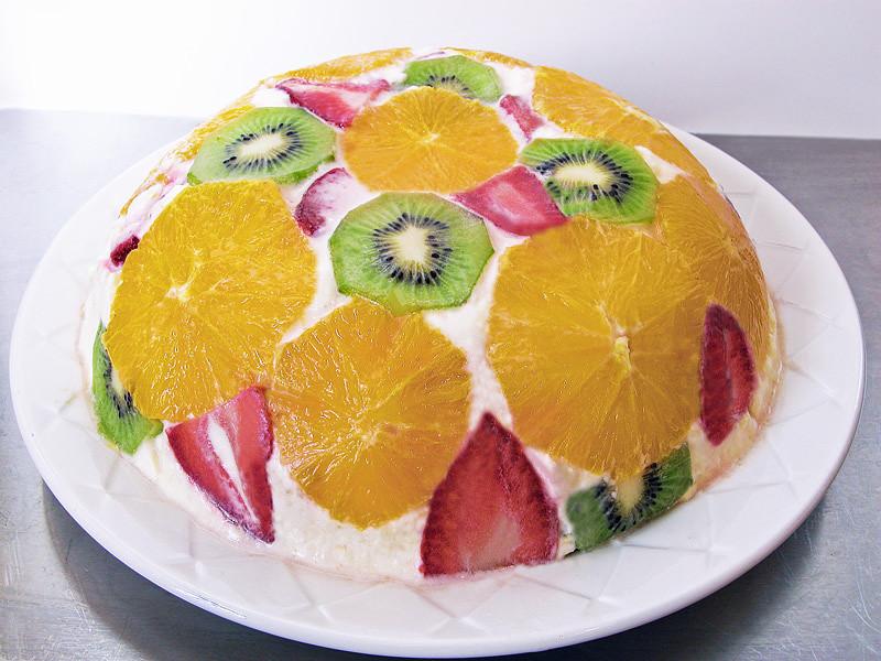 Торт желе с фруктами и печеньем с фото