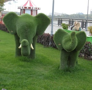скульптура слоны