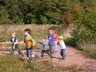Фестиваль шарлотки 24 сентября 2006г. в Ботаническом саду -- страсти по самолету