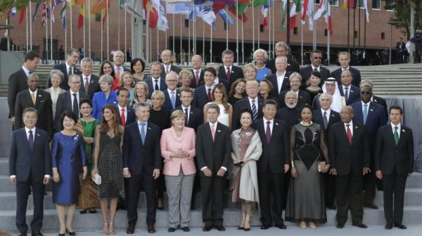 Усилия по поддержке диалога с Россией не приносят желаемого результата, - глава Военного комитета НАТО Павел - Цензор.НЕТ 8399