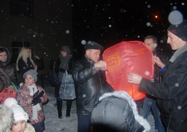 2012_12_06-05 Ліхтарик