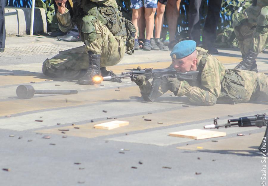 Показательные армейские выступления