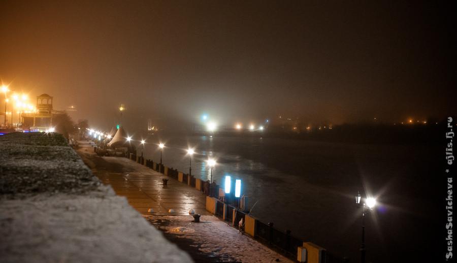 Пустынный Ростов вечером