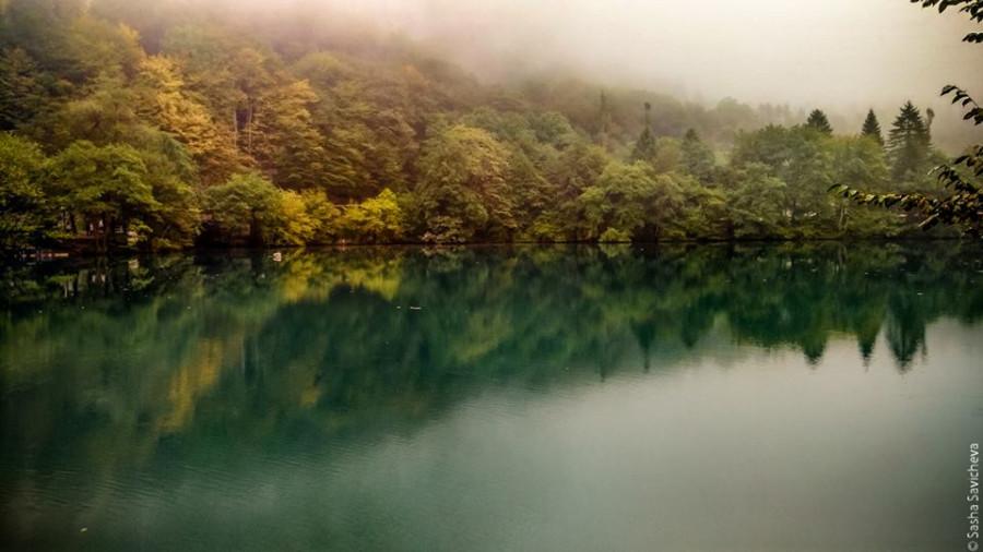 По Кавказу: Нижнее Голубое озеро (Церик-Кёль, Черек-Кёл). Фото - Саша Савичева