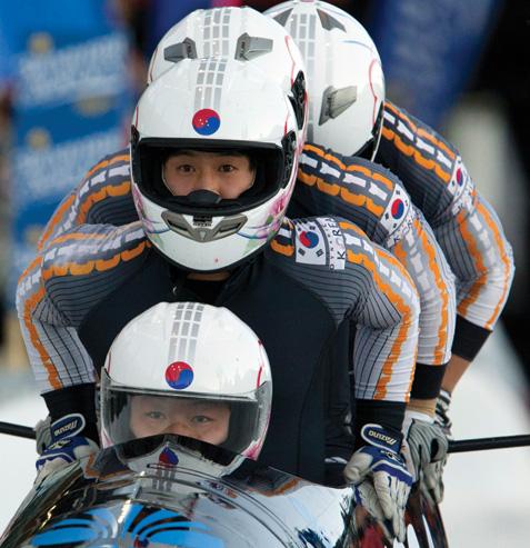 Cul-Olympic-0114-Bobsled-AP120204163741