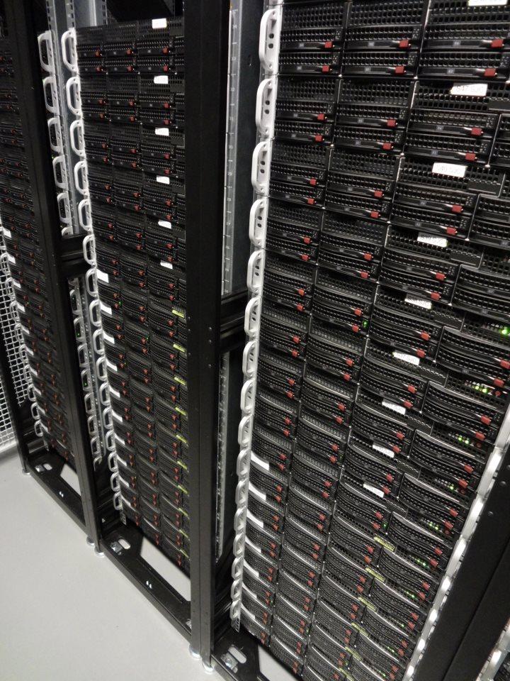 Сервера компании Goodnet, на которых, на момент публикации, хостятся сайд-проекты этого блога. И все они также Powered by NGINX. Источник: https://goodnet.ua/en/dc.shtml?from=Cloudscene
