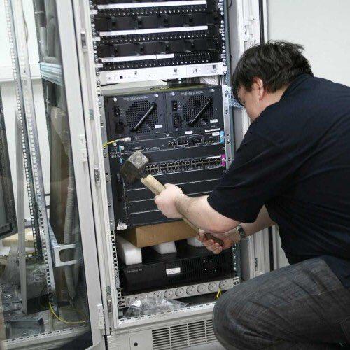 Настройка маршрутизатора Cisco серии 7600 (https://habr.com/ru/news/t/581506/)