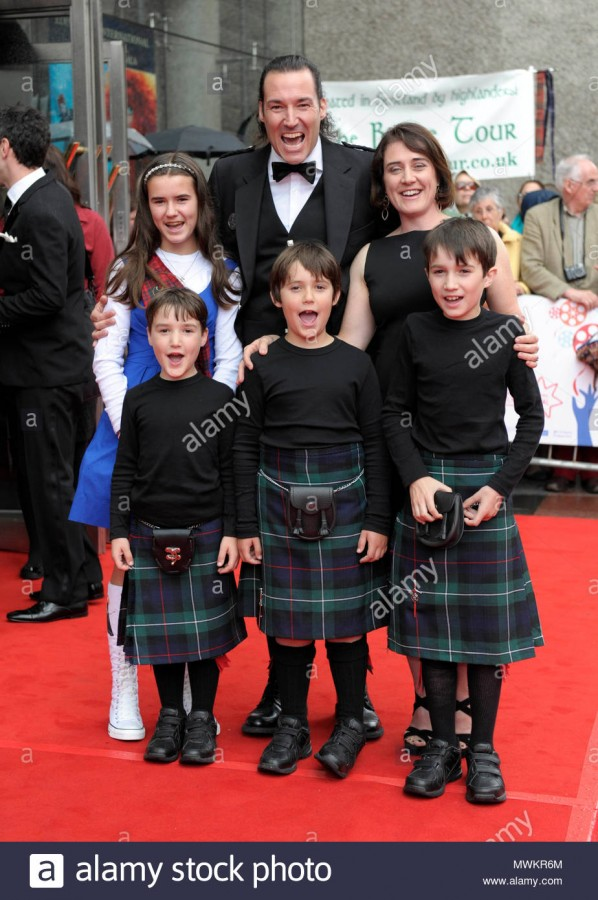 mark-andrews-and-family-the-cast-of-disney-pixars-latest-animated-feature-film-brave-gathered-at-the-festival-theatre-in-edinburgh-for-the-films-euro…