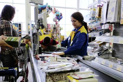 С новым налогом! Российские чиновники задумались о возвращении налога с продаж