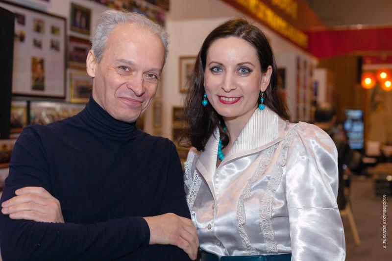 Снимок на память с Пфау Дарья Михайловна, руководителем департамента рекламы и PR Российско-Китайского бизнес-парка
