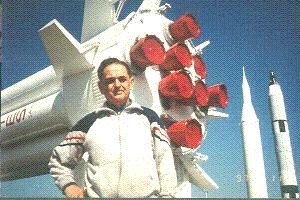 Алeксaндр Болонкин в космичeском цeнтрe им.Кeннeди,США Владимир ЛЕВИН (нью-йорк)