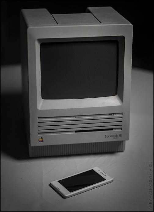 Macintosh SE и Sony Xperia E3 Dual