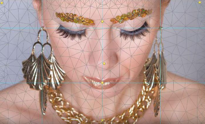 Golden Necklace Backstage