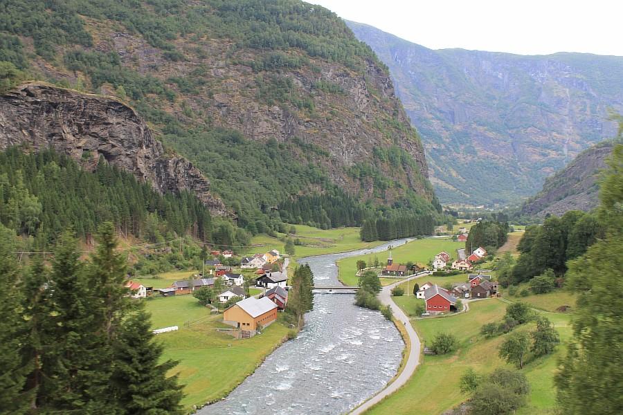 Норвегия, Флом, блогтур, путешествия, природа, водопад, aksanova.livejournal.com, Фломская железная дорога,  IMG_6953