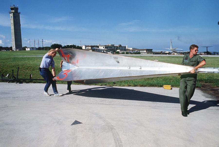 Aerial_target_at_Kadena_Air_Base_1984